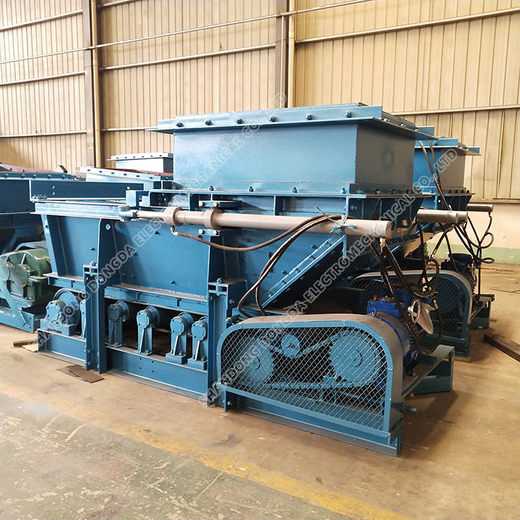 GLD4000/11 /S A to feed machine
