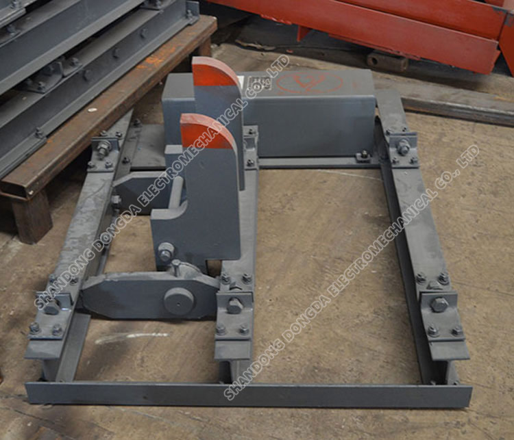 QWZC pneumatic horizontal brake